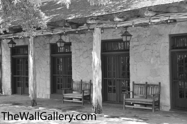 From the B&W Gallery in Kirt's on-line Art Gallery