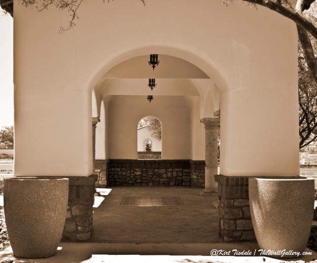 Arch 9 Sepia